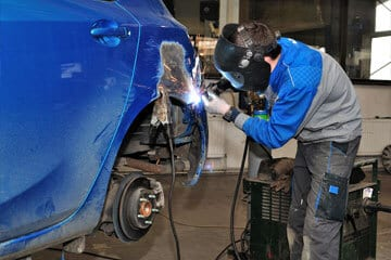 auto body repair nashville il